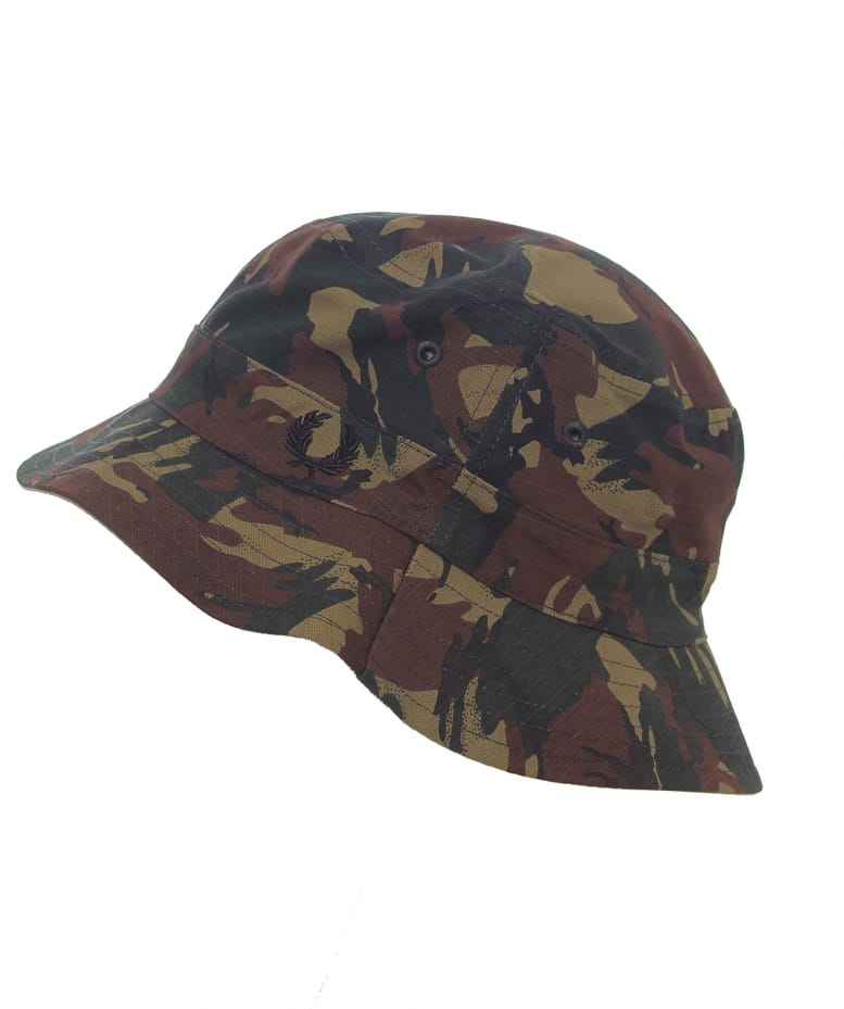 a527b15c802 Fred Perry Camo Reversible Fisherman s Hat